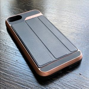 Veva iPhone 7 Case